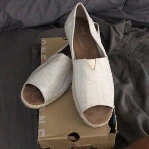 Toms gently used